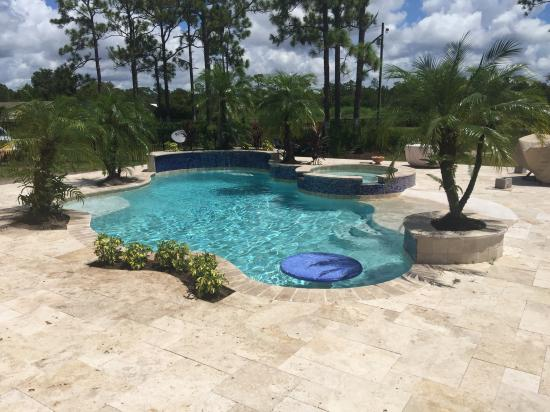 Pool Spa travertine deck